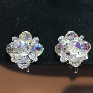 Vintage signed Laguna crystal clip on earrings